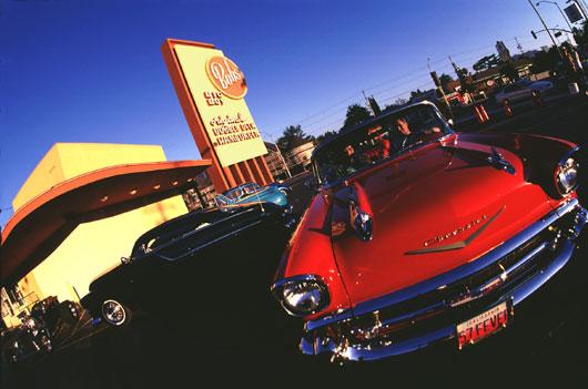 Travel LA TosaConnection - Classic car show los angeles
